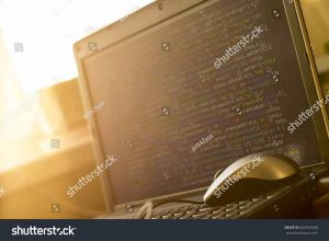 Пример моей работы: ноутбук с исходным кодом на закате